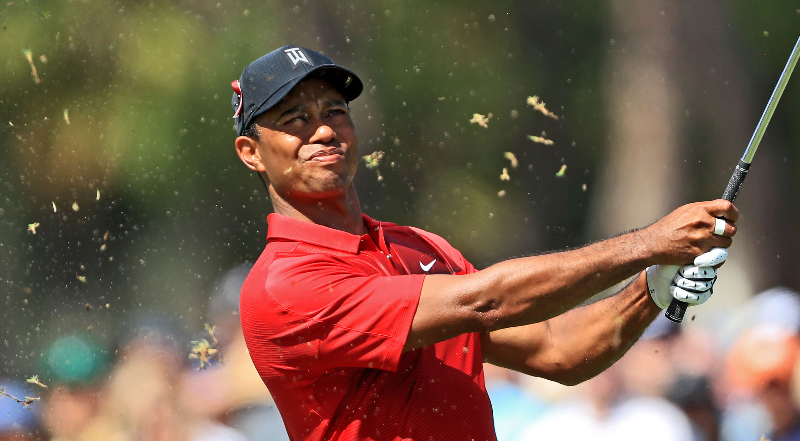 tiger woods makes big move in fedexcup  world ranking