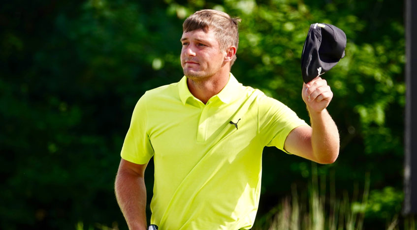 bryson dechambeau outduels tiger woods at dell
