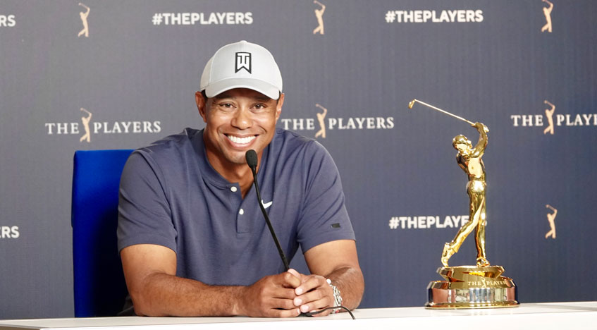 woods working with putting coach at players championship