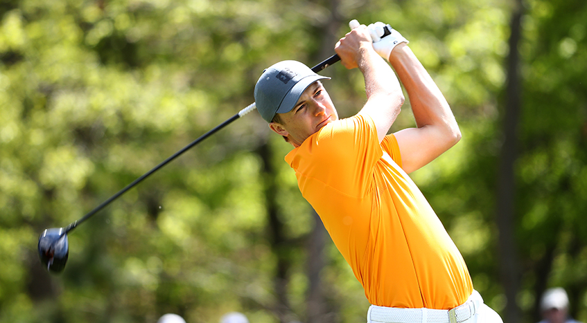 Spieth Shows Signs Of Shaking Slump With First Round 69